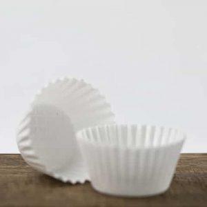 Witte eetbare cupcake vorm
